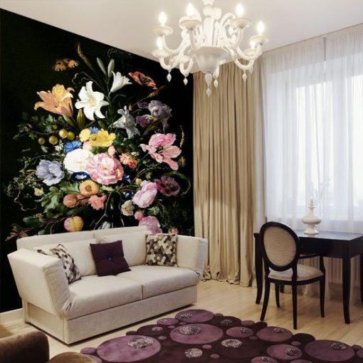jasne kwiaty w wazonie